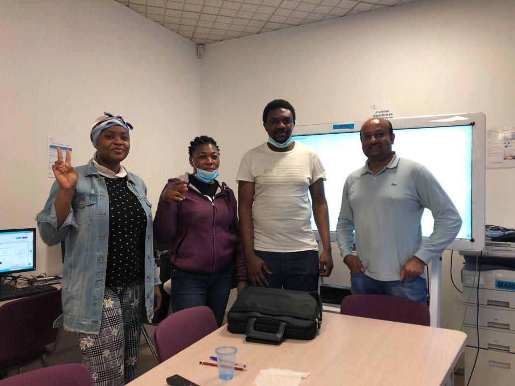 Konexio : ateliers d'inclusion financière numérique réfugiés