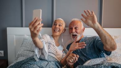 seniors confinement numérique